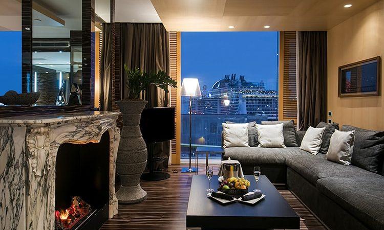 Hotel Romeo - Naples