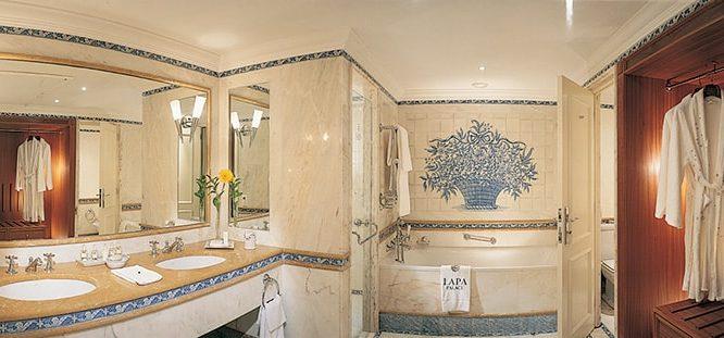 Olissippo Lapa Palace - Villa Room