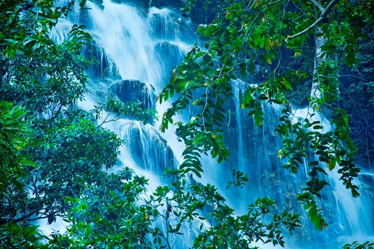 NIHI Sumba Resort - Lapopu Waterfalls