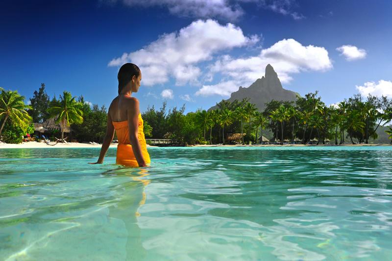 iBESTmag - Bora Bora - Hotel Le Meridien - Interior Lagoon